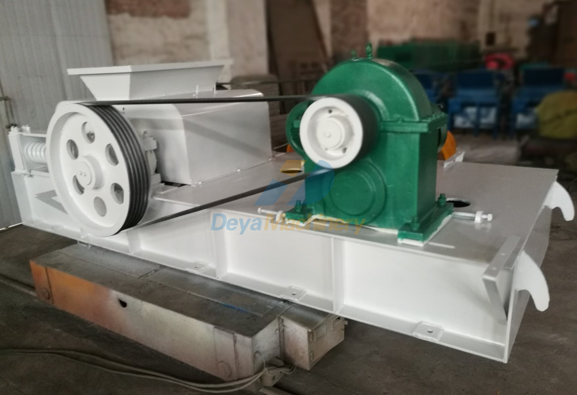Final Paiting of Double Roller Crusher