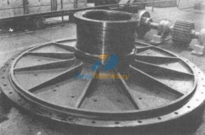 Tube mill end and trunnion